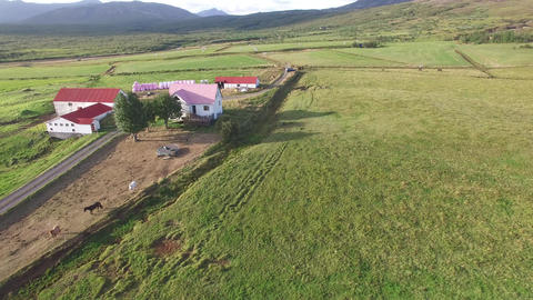 Icelandic Countryside Farm in the Summer Archivo