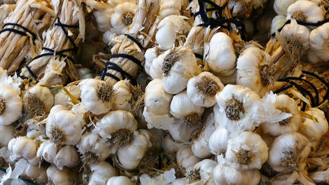 very much garlic hd video, HD video in a grocery store a large amount of garlic Live Action