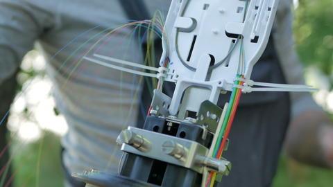 Communication engineer restores systems フォト