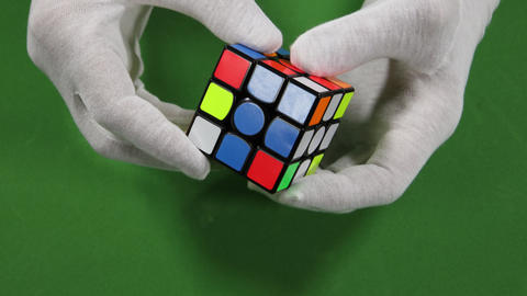 Magic Cube Assembling ビデオ