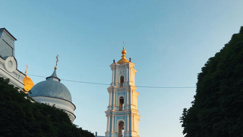 2 in 1 video. Time-laps of the Transfiguration Cathedral the Orthodox Church in ビデオ