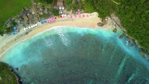 Aerial view of tropical beach with beautiful white surf Archivo