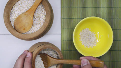 Tablespoons Of Amaranth And Oats Archivo