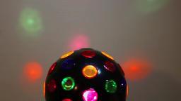 Multicolored ball 3 (upper part turning) ビデオ
