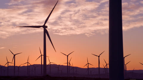 Wind Turbines for Renewable Electric Energy Production ビデオ