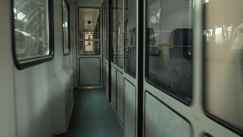 Handheld POV Walking Through Passenger Train ビデオ