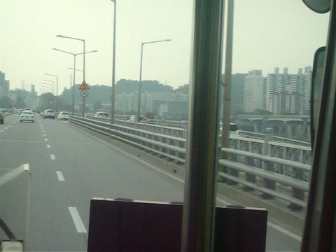 Travel to Seoul city in South Korea Live Action
