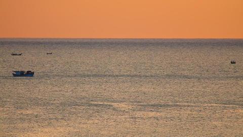 Fishing Boats South China Sea Dawn Sky HD ビデオ
