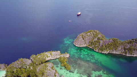 Raja Ampat Archipelago and Boats. Aerial View ビデオ