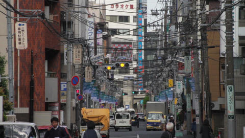 Electric line middle shot deep focus at Misakicho street in Hachiouji ビデオ