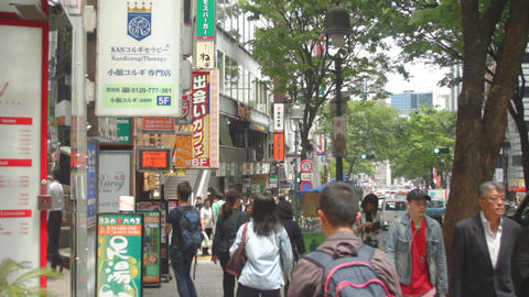 Dougen Street at Shibuya daytime middle shot deep focus ビデオ