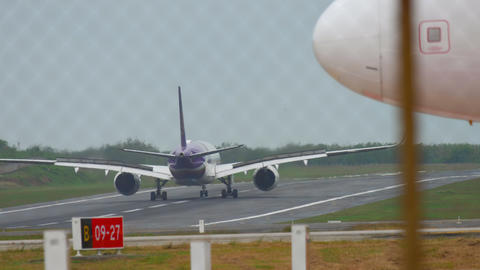 Airplane Airbus A350 landing Live Action