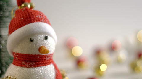 Dolly of snowman and Christmas decoration GIF