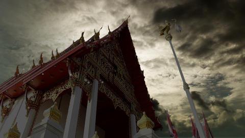 sunrise on temple in morning, timelapse ビデオ