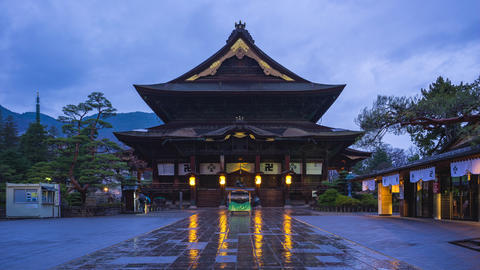 Day to night timelapse of Zenkoji buddhist temple in Nagano, Japan Live Action