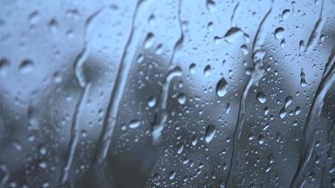 4K 窓を流れる雨 ビデオ