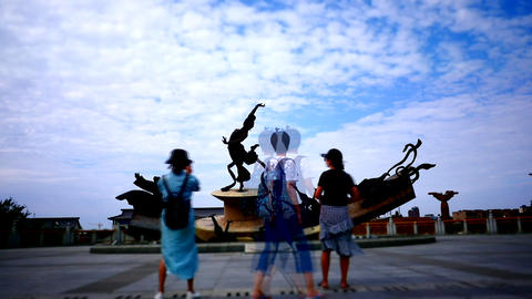 Time lapse shot of a Chinese fairy statues 영상물