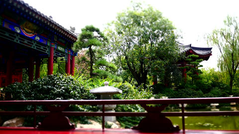 Time lapse shot of ancient buildings at China XiAn palace 03 Archivo