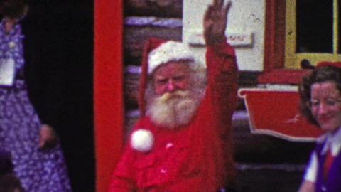 1952: Kids need pep talk from mom to see scary Christmas Santa Claus Footage