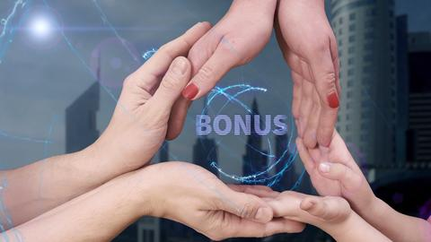 Men's, women's and children's hands show a hologram Bonus フォト