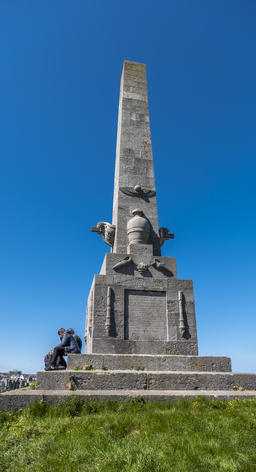 Holyhead / Wales - April 30 2018 : Captain Skinner Monument is a memorial to a Fotografía