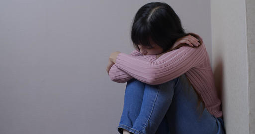 woman feel depression Live影片
