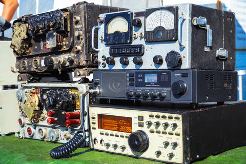 Old radio engineering devices フォト