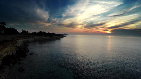 10$ FULL HD Aerial Sunrise over the Sea ビデオ