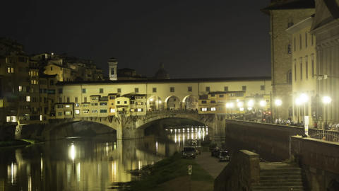 Hyperlapse at night of Ponte Vecchio in 4k ビデオ