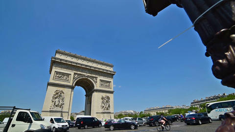 Traffic by World famous Arc de Triomphe Footage