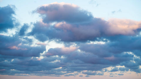 Clouds and Blue Sky. Cloudscape, day. Time lapse of beautiful sunset ビデオ