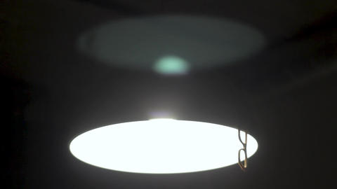 a lamp is in basement for the film of horrors, or hard rap of video Suitable for ビデオ