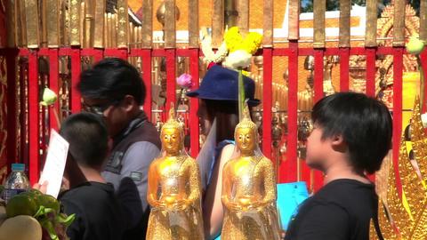 Prayers in Wat Prathat Doi Suthep pagoda, Chiang Mai city , north Thailand Footage
