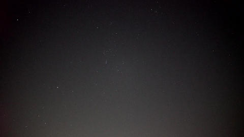 Realistic real time (not timelapse) Orionid meteor shower Live Action
