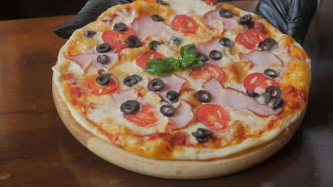 delicious taste pizza, mozzarella cheese Footage