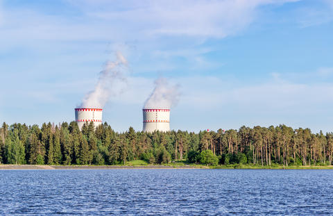 Cooling towers on the Lake フォト