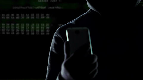Thief breaks safe, selecting suitable password through application on smartphone Live Action