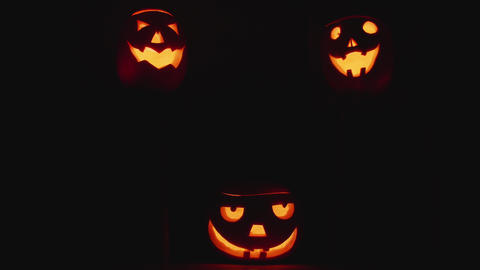 Three Nature halloween pumpkins ビデオ