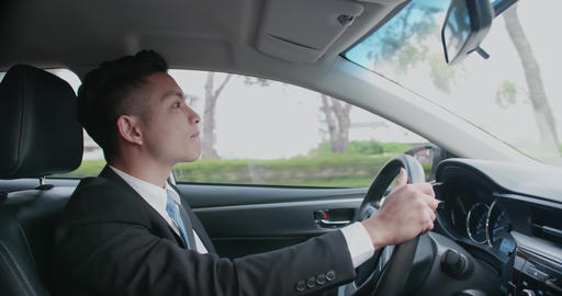 business man driving car Live影片