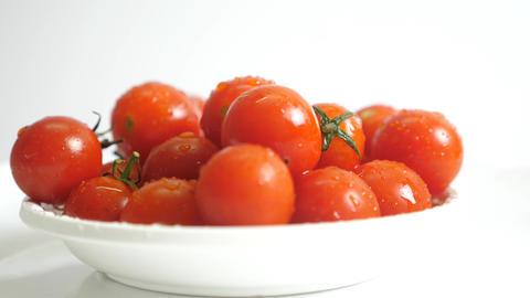 Verity Tomatoes Rotating On White Background Animation