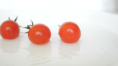 Topic Closeup Ripe Fresh Red Cherry Tomatoes Animation
