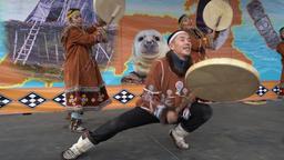Incendiary dance of indigenous inhabitants of Kamchatka with tambourine ビデオ