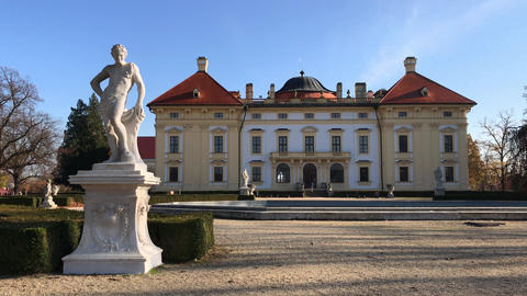 Historical Austerlitz castle and sculptures in park, few shots Archivo