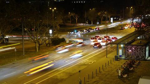 Time lapse of dense traffic at night Archivo
