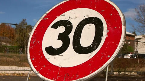 30km/h Speed Limit Live Action