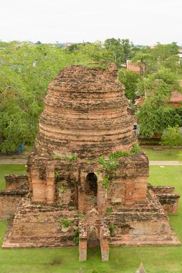 The ruins of Wat Yai Chai Mongkhon in Ayutthaya, Thailand Fotografía