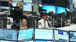 STOCK EXCHANGE TRADERS STOCK SCREENS SHARES AND MONITORS Footage