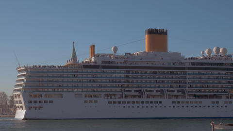 Luxury cruise liner coming in to dock Live Action