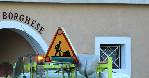 Road Sign And Road Maintenance Tools ビデオ