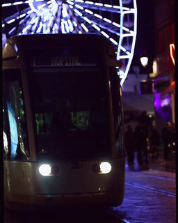 Big Wheel- Tram Vertical-clip Footage